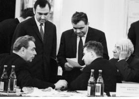 Ceauşescu în faţa lui Brejnev: Basarabia, pamânt românesc!