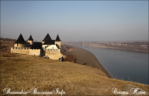 Cetatea Hotin 09 - Basarabia-Bucovina.Info