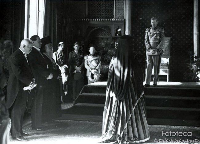Parintele Visarion Puiu investit Mitropolit al Bucovinei de regele Carol al II-lea