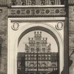 16 Palatul Mitropolitan din Cernauti - Intrarea - Fototeca Ortodoxiei - Basarabia-Bucovina.Info