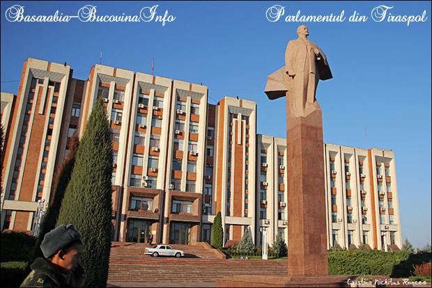 29 Tiraspol Lenin 2012 - foto Cristina Nichitus Roncea - Basarabia-Bucovina.Info