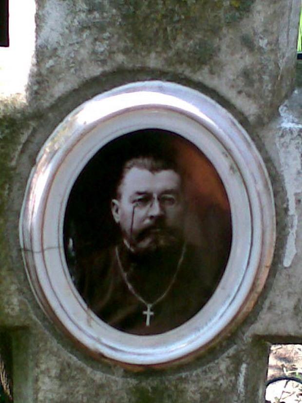 8 Napadeni - Parintele ziarist Grigore Constantinescu - Glasul Basarabiei - Basarabia-Bucovina.Info