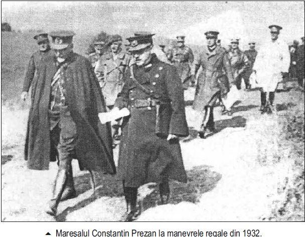 Maresalul Averescu la manevre regale - 1932