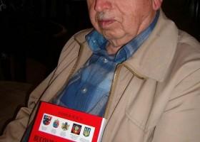Bucovineanul Vasile Ilica, distins la 90 de ani de Ministerul Apărării Naţionale cu Emblema de Onoare a Armatei României, în aur. Mulţumiri şi felicitări MApN!